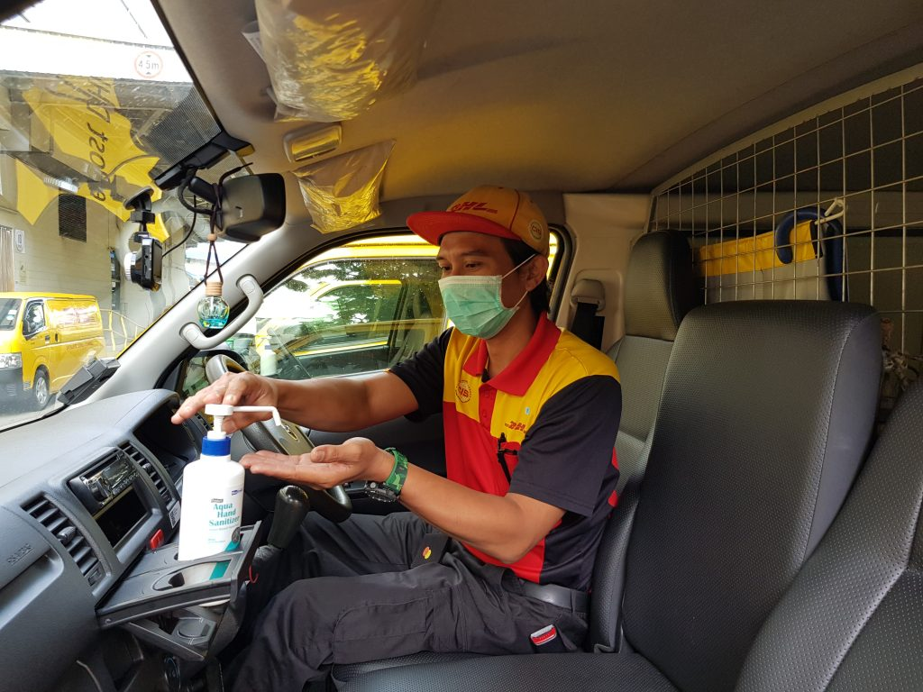 ESC Courier Mask + Sanitise DHL Great Place To work